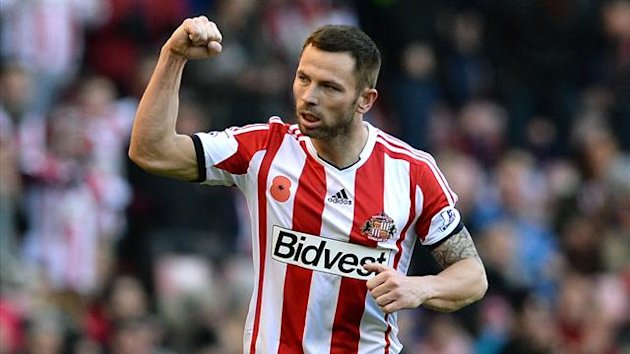 Sunderland's Phil Bardsley celebrates scoring against Manchester City (Reuters)
