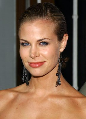 Brooke Burns at the Westwood premiere of MGM/Columbia Pictures' Into the Blue