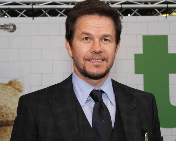 Mark Wahlberg joins Transformers 4