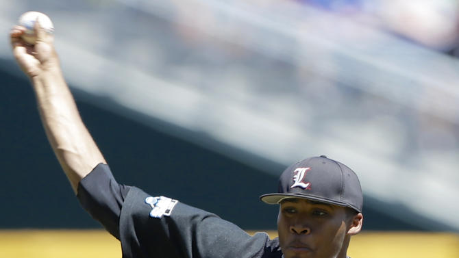 Louisville starting pitcher Jeff Thompson works against Oregon State in the first inning of an NCAA College World Series game in Omaha, Neb., Monday, June 17, 2013. (AP Photo/Nati Harnik)