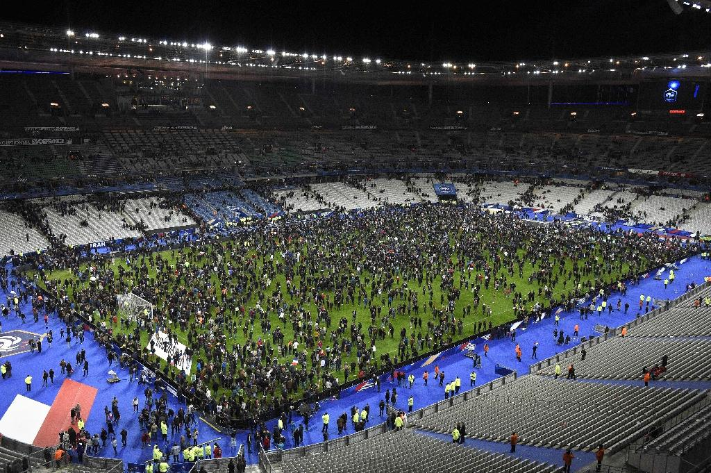 Paris attacks: Muslim guard stopped suicide bomber from entering stadium