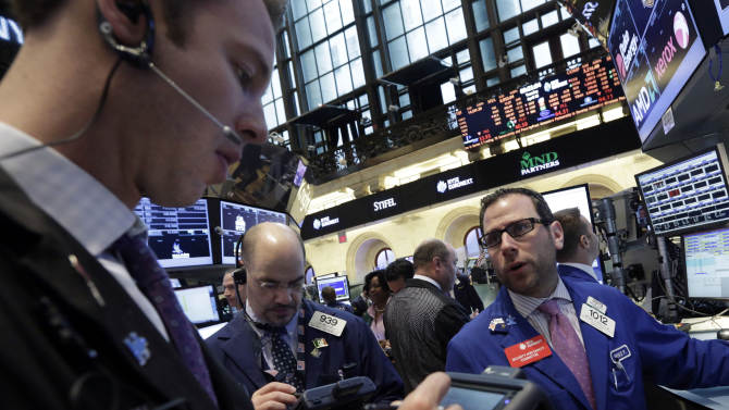 Stocks little changed as investors weigh earnings