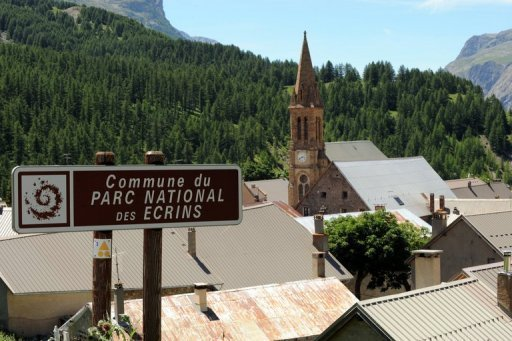 The Villar-d'Arene village, in French Alps where an English climber found the bodies of six mountaineers
