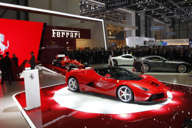 LaFerrari revealed at Geneva Motor Show