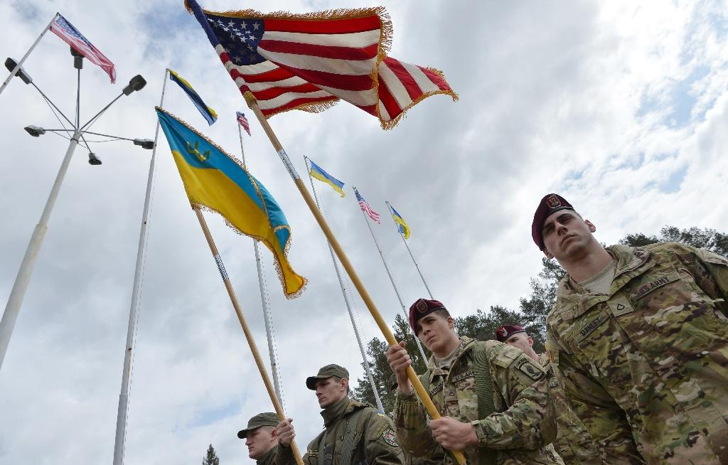 US army walks cultural minefield training Ukraine troops