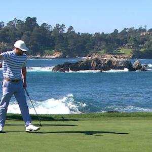 Justin Timberlake attacks the pin on No. 7 at AT&T Pebble Beach