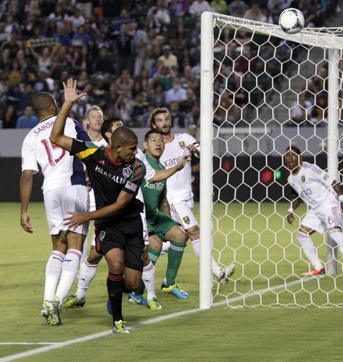 Keane scores 3 goals to lead Galaxy past Salt Lake