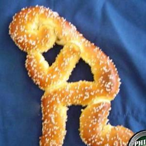 Tebow Time! Philadelphia restaurant makes a Tim Tebow pretzel
