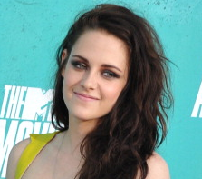 MTV Movie Awards: 'Twilight' Beats 'Hunger Games' for Best Kiss