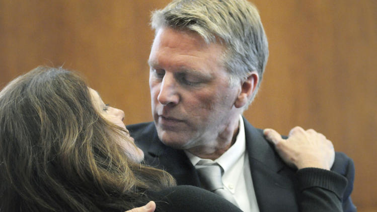 Jury is hung in Mass. treasurer corruption trial