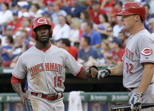 Mesoraco homer in 11th gives Reds 6-4 win at Texas