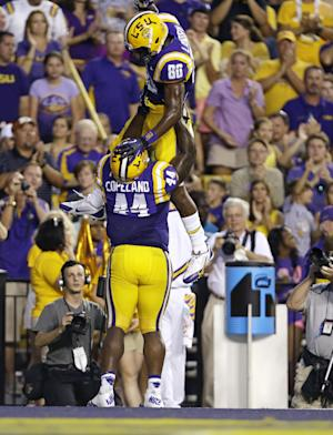 No. 8 LSU easily handles Kent State, 45-13