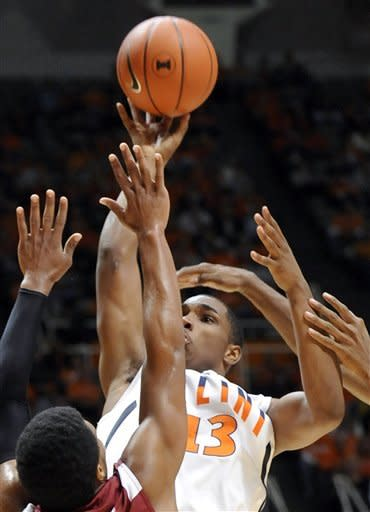 Paul, Abrams lead No. 10 Illini over E Kentucky