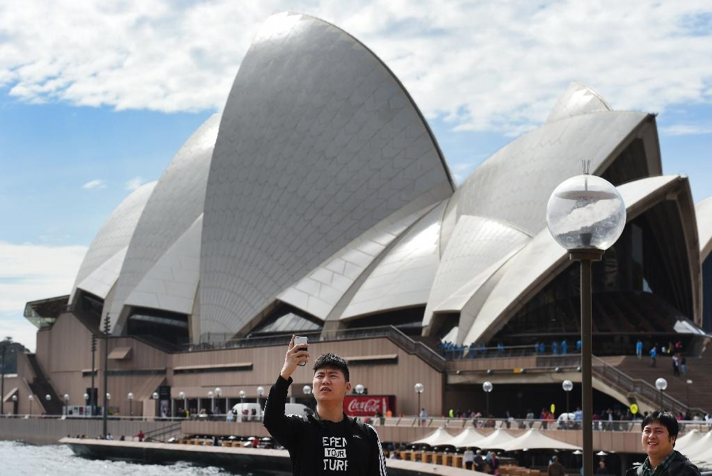 China, India drive Australia's best tourism year since Sydney Olympics