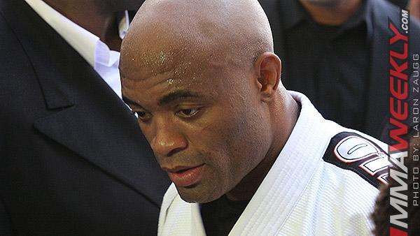Former UFC Champ Anderson Silva Gains Full Medical Clearance, No Restrictions