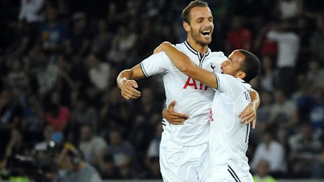 Tottenham Hotspur FC's Andros Townsend (R) celebrates with teammate Roberto Soldado after scoring a goal during the UEFA Europa League qualifying football match between FC Dinamo Tbilisi
