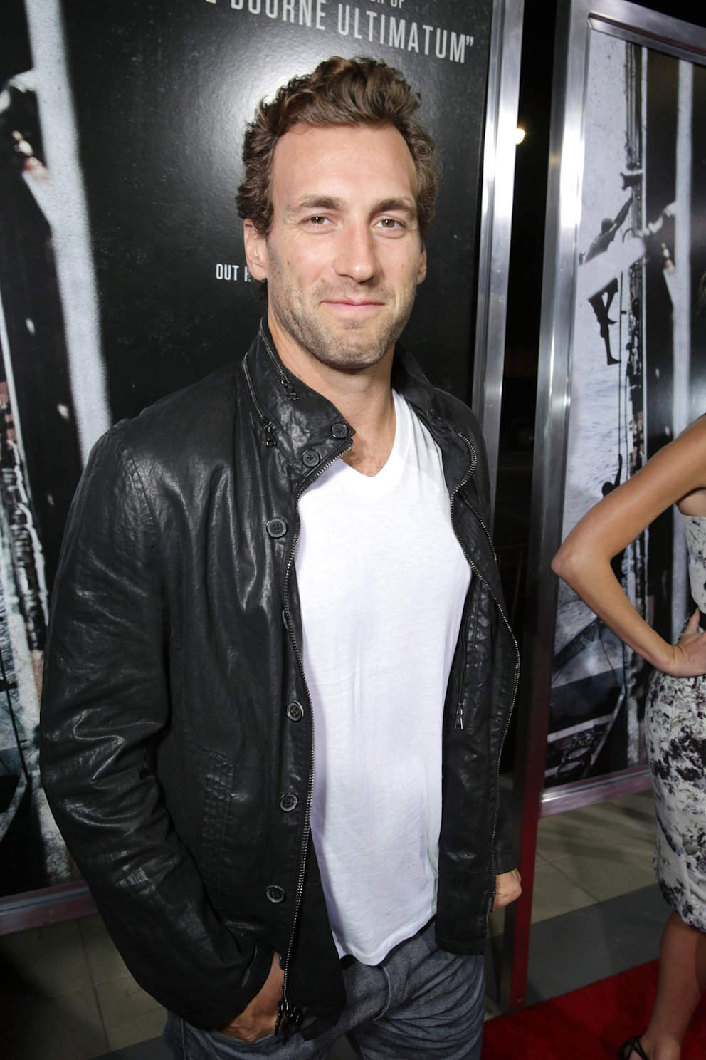 Jarret Stoll arrives at Columbia Pictures screening of 'Captain Phillips', on Monday, Sept. 30, 2013 in Beverly Hills, Calif. (Photo by Eric Charbonneau/Invision for Sony Pictures/AP Images)