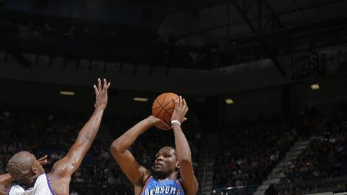 Thunder beat Kings 107-92 as Durant's streak ends