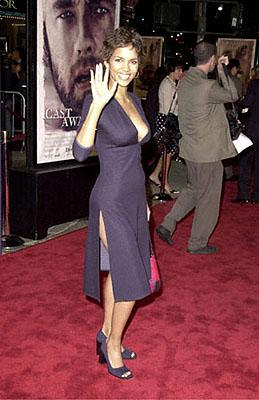Halle Berry at the Westwood premiere of 20th Century Fox's Cast Away