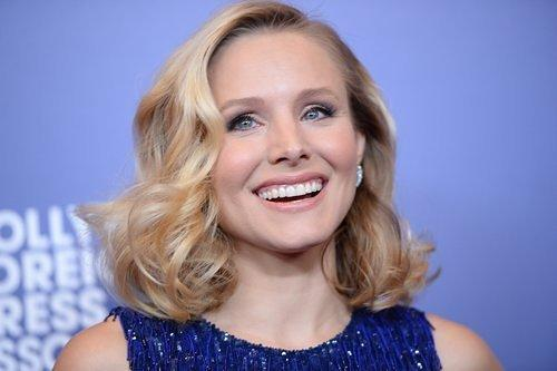 PM Clickage: Kristen Bell's Guide to Face Washing; Shopping While Pregnant