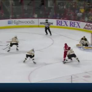 Tuukka Rask Save on Chris Terry (10:52/2nd)
