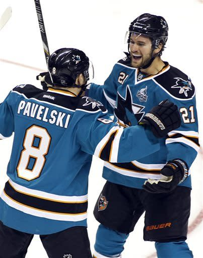 Sharks beat Ducks 4-0 to sweep home-and-home