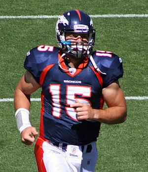 Why the Tampa Bay Buccaneers Should Sign Quarterback Tim Tebow