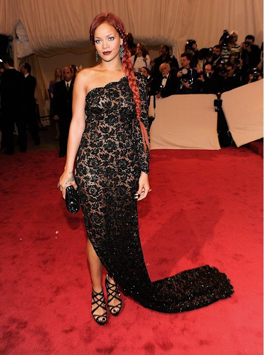 Rihanna TheMET Gala