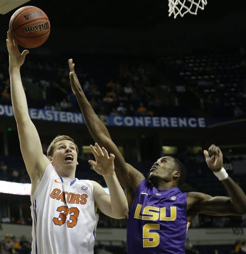 No. 13 Florida opens SEC tourney beating LSU 80-58