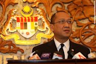 Chinese tricked into anti-BN tsunami, Nazri says