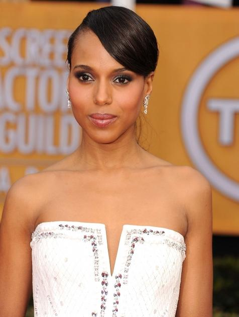 Kerry Washington arrives at the 19th Annual Screen Actors Guild Awards at The Shrine Auditorium on January 27, 2013 in Los Angeles --