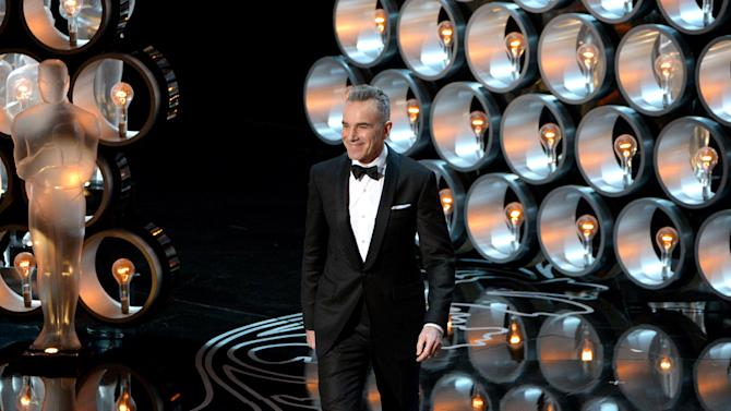 Presenter Daniel Day-Lewis walks on stage during the Oscars at the Dolby Theatre on Sunday, March 2, 2014, in Los Angeles. (Photo by John Shearer/Invision/AP)
