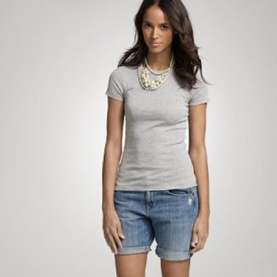 Form-fitting, Feminine T-shirts