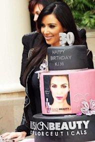 http://www.dailymail.co.uk/tvshowbiz/article-1322330/Kim-Kardashian-celebrates-30th-birthday-ANOTHER-party.html?ito=feeds-newsxml