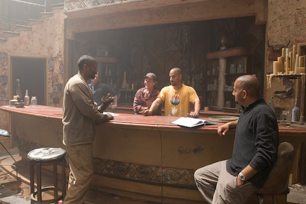 The Book of Eli Production Photos 2010 Warner Bros. Denzel Washington Don Burgess Albert Hughes Allen Hughes