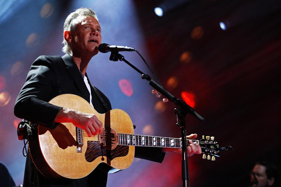 Randy Travis in critical in Texas hospital