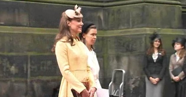 Kate Middleton Wears NEW Yellow Emilia Wickstead Dress For Order of the Thistle 2012