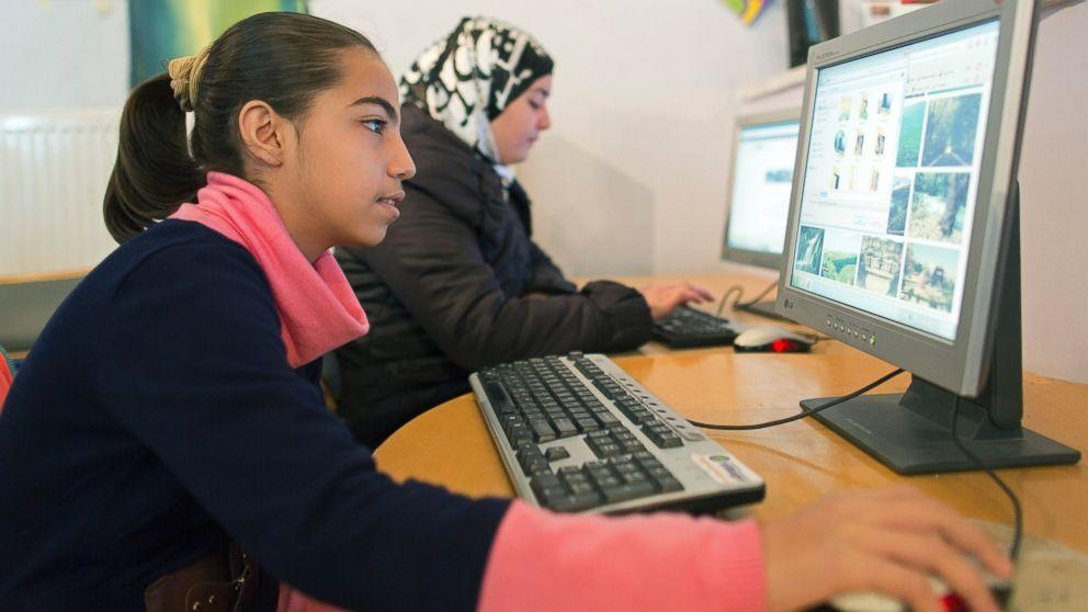 Refugees Can Take Free Online Classes Through State Dept and Coursera Partnership