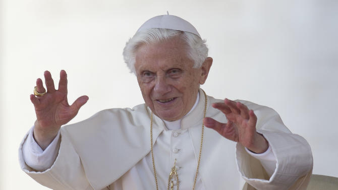 Pope to join celebs, presidents with Twitter feed