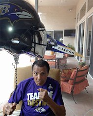 Family says Muhammad Ali watching Super Bowl, rooting for Raven…