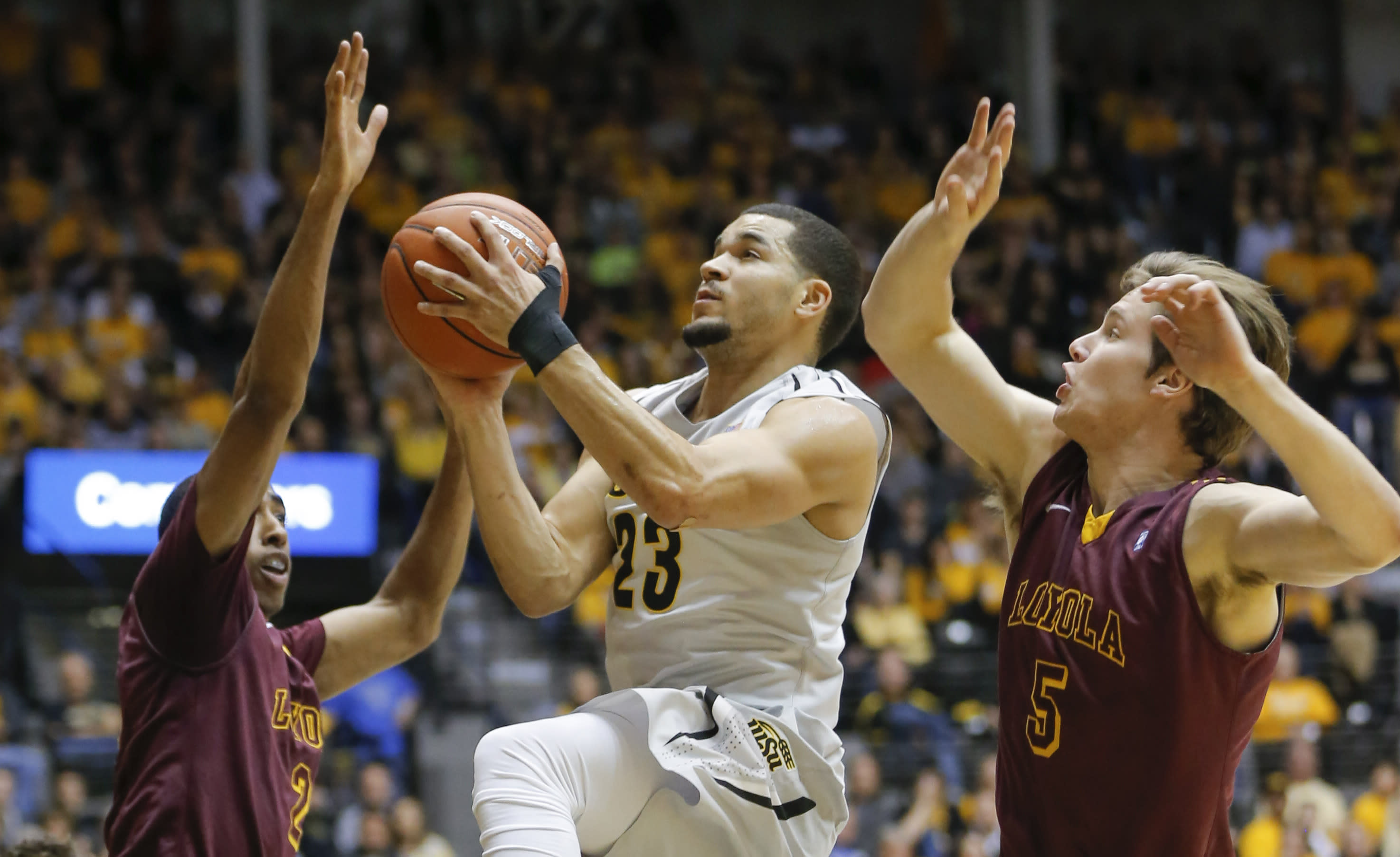VanVleet lifts No. 12 Wichita State to 58-47 win over Loyola