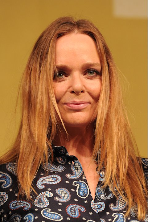 British designer Stella McCartney poses for photographers during the unveiling of the new British Olympic Team GB kit she designed in central London on March 22, 2012. AFP PHOTO / CARL COURT (Photo cr