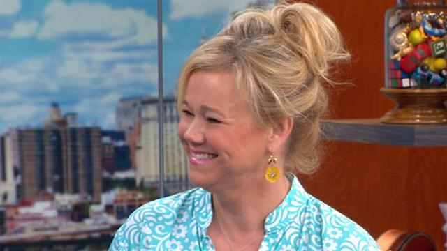 Comedian Caroline Rhea on 'Phineas and Ferb,' Stand Up for Moms