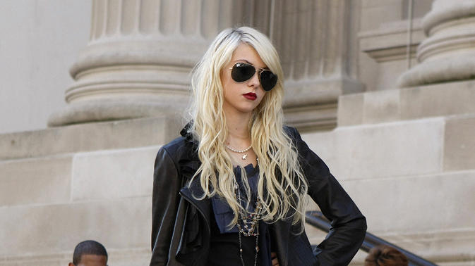 Biggest trainwreck: Jenny Humphrey