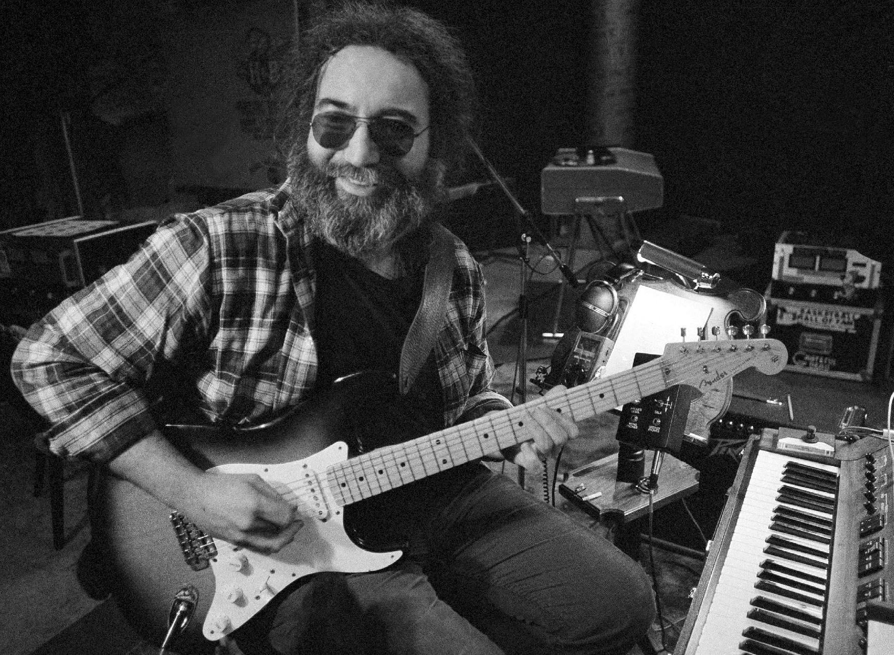 Jerry Garcia's letter to Vogue cover model going up for auction