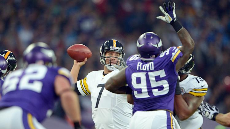 NFL: Pittsburgh Steelers at Minnesota Vikings