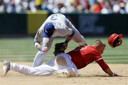 Angels beat Dodgers to claim season Freeway Series