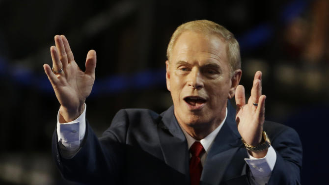 Former Ohio Gov. Ted Strickland waves to delegates after his speech at the Democratic National Convention in Charlotte, N.C., on Tuesday, Sept. 4, 2012. (AP Photo/Lynne Sladky)