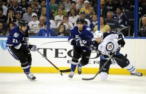 Stamkos scores 56th goal in Lightning win