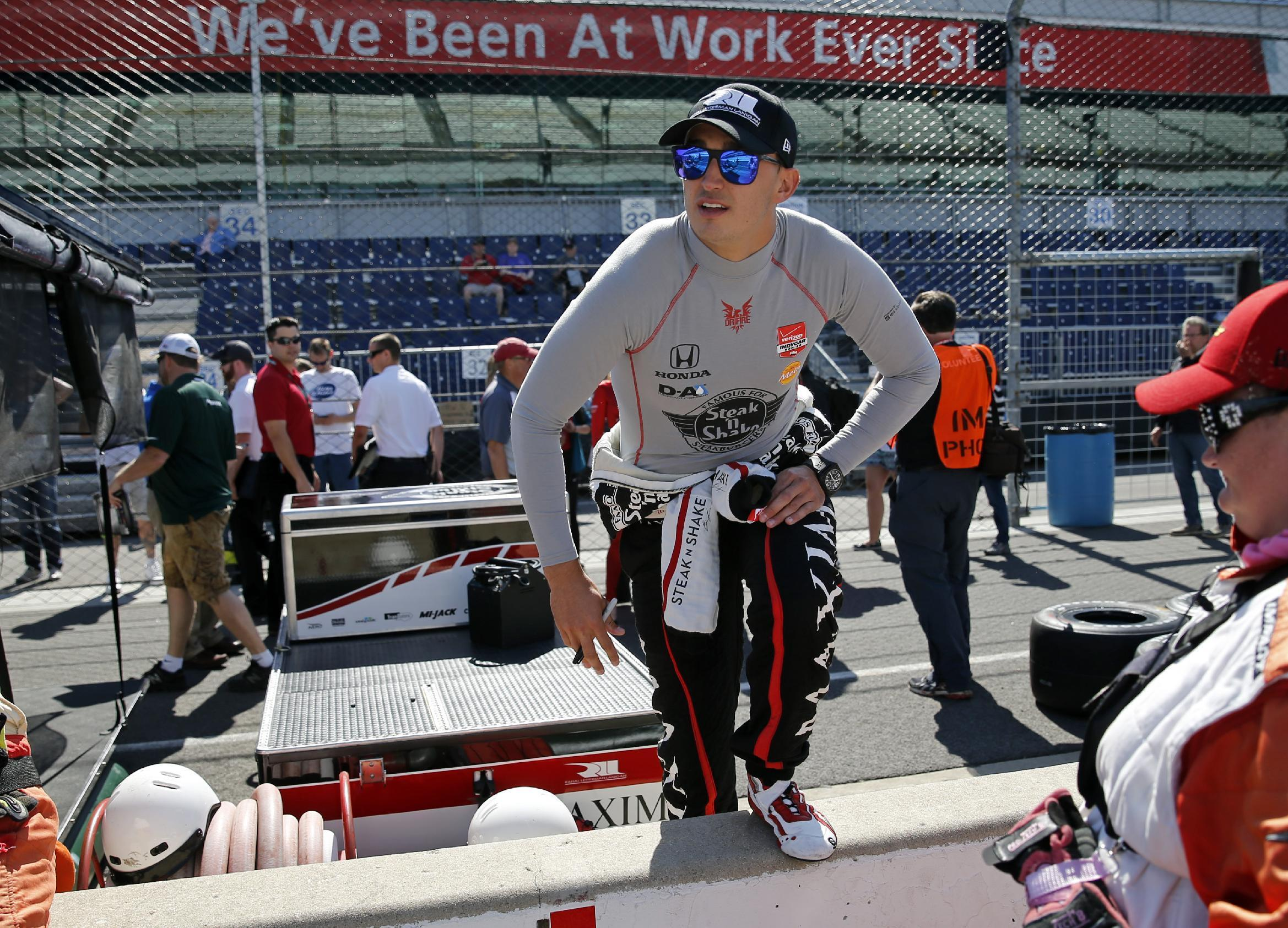Rahal finally getting results, carrying standard for Honda